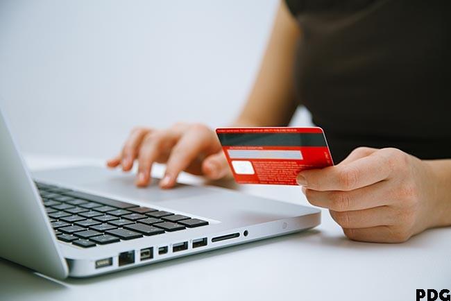 pagando com cartão de credito